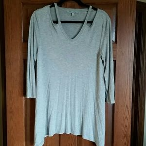 Olivia Sky, 3/4 long sleeved gray top size L